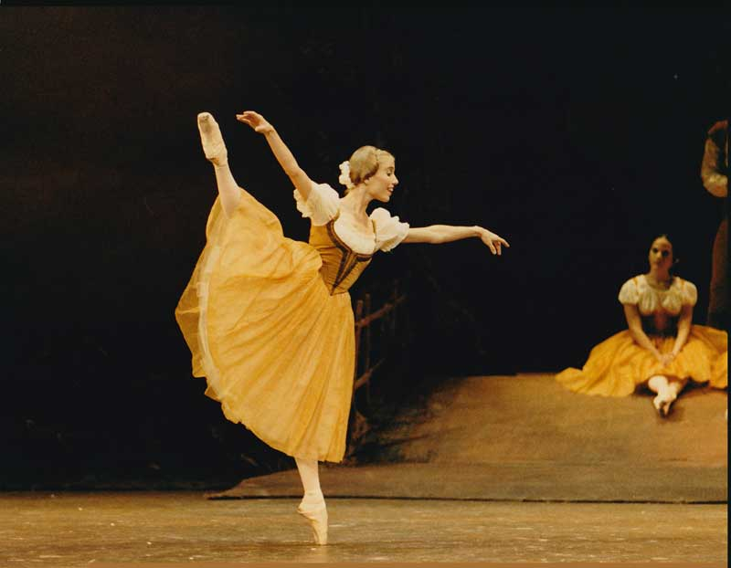 Laurie in Peasant Pas in Giselle