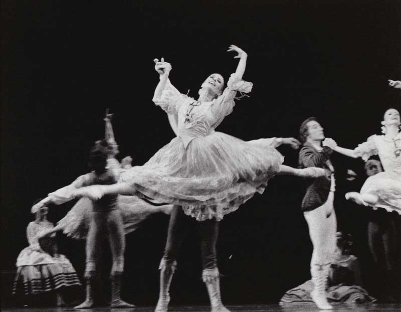 Laurie in Pas de Six in Swan Lake